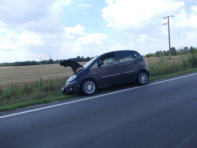 Accident-carambol cu 4 maşini pe DN1
