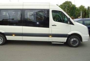 """""""Piraţii"""" care transportă turişti pe munte cu microbuzele, amendaţi"""