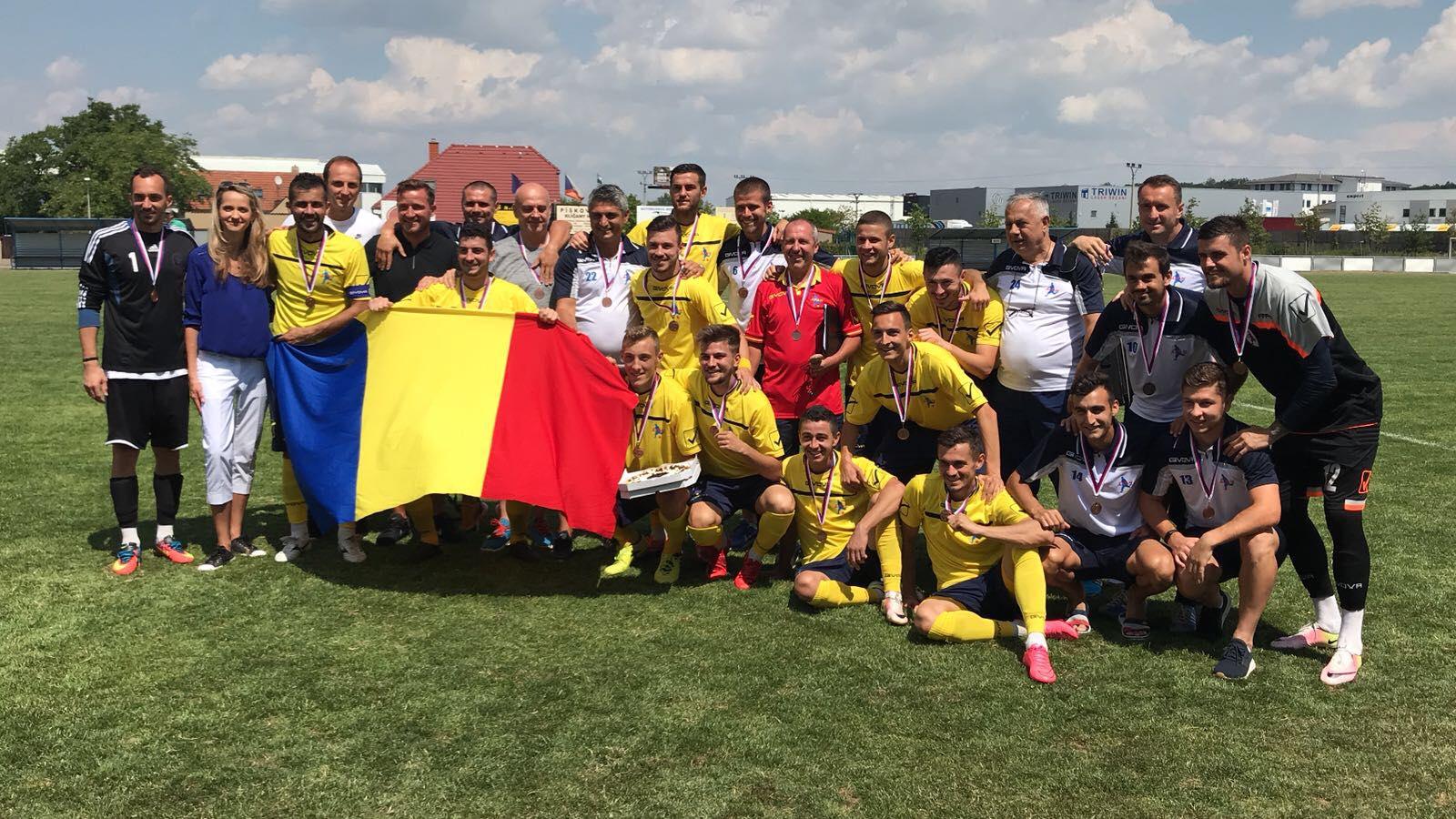 """Fotbaliștii români fără contract – medaliile de bronz la turneul din Cehia. Toți cei patru ex-""""lupi"""" au fost pe teren la finala mică"""