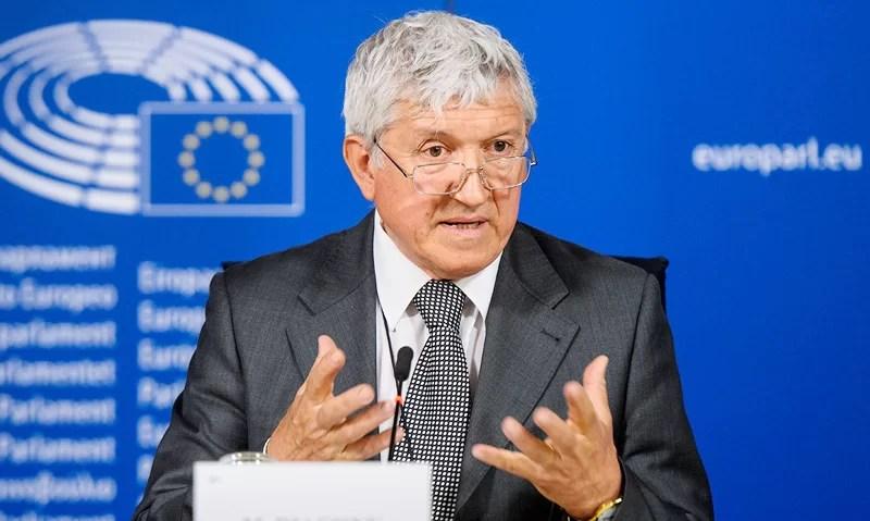 Mircea Diaconu solicită Președintelui și Guvernului României să intervină în cazurile de încălcare a drepturilor românilor din afara frontierelor