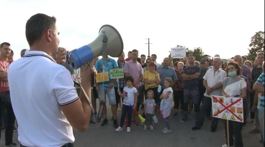 Protest în stadă împotriva poluatorilor din Băicoi