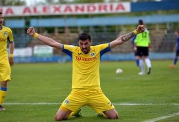 Nici Sergiu Arnăutu nu știe de ce a fost scos din lot de antrenorul Petrolului! Golgheterul din L3 neagă vehement zvonul cu pariurile