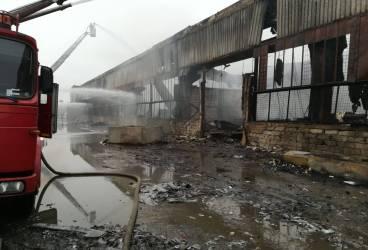 Incendiul din Mimiu, stins aseară, după 77 de ore de la izbucnire