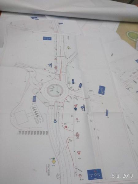 Un sens giratoriu pe DN1, la ieşirea dinspre Pădurea Păuleşti, va fi gata anul viitor