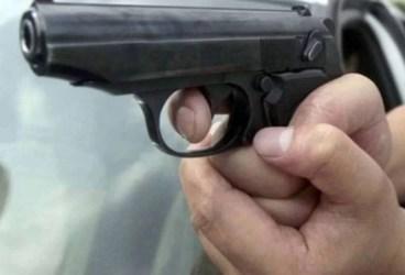Ploieștean, împușcat în cap, în timp ce dormea, cu un pistol airsoft