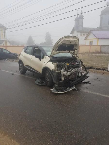 Accident cu 3 răniţi la Dumbrava