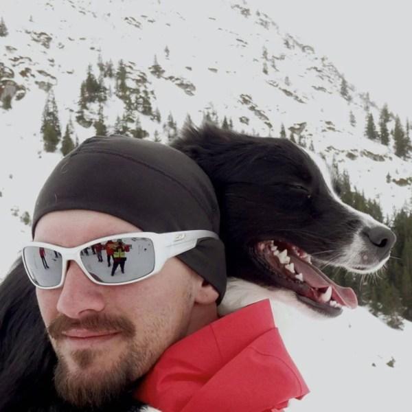 Sergiu Frusinoiu şi Carp – prima unitate canină de salvare din avalanşă a Salvamontului Prahova