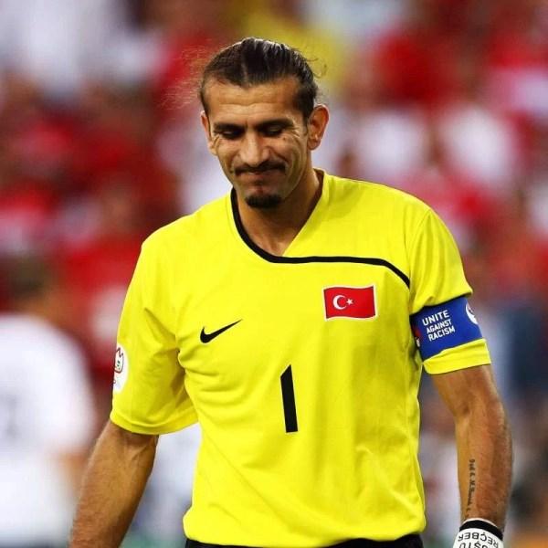 Un fost mare portar turc are grave probleme medicale. Adversar adesea al echipei naționale de fotbal a României, Rüştü Reçber – ex-Barcelona, dar nu numai – a fost testat pozitiv la virusul Covid-19!