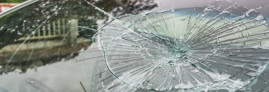 Pieton omorât în accident, pe DN1, de un șofer care și-a abandonat mașina și a fugit