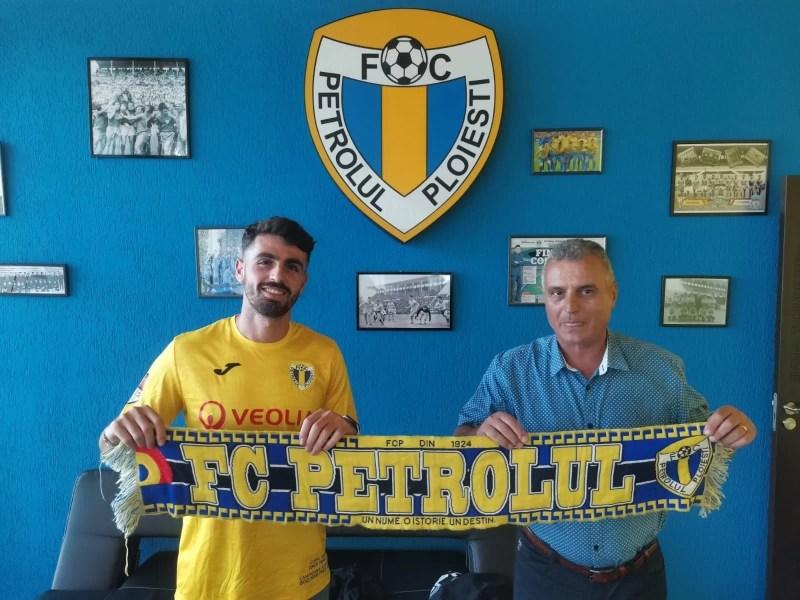 A ajuns în România și cel mai bun transfer al Petrolului! Mijlocașul central israelian Nir Lax a semnat un contract întins pe un sezon cu opțiune pe încă unul