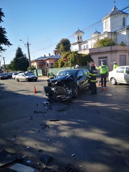 Imagini de la accidentul de pe strada Plăieșilor din Ploiești