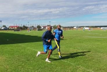 La antrenamentele din această săptămână ale lui Viorel Moldovan sunt prezenți și doi fotbaliști ai unui intermediar african ex-portar de Liga a II-a. Colaborator al mai cunoscutei Anamaria Prodan, i-o spori influența acesteia la Petrolul Ploiești?