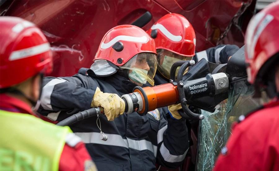 Incendiu la rampa de încărcare a Rafinăriei Lukoil