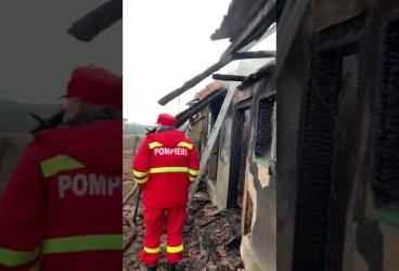 Un bătrân a ars în propria casă, la Colceag