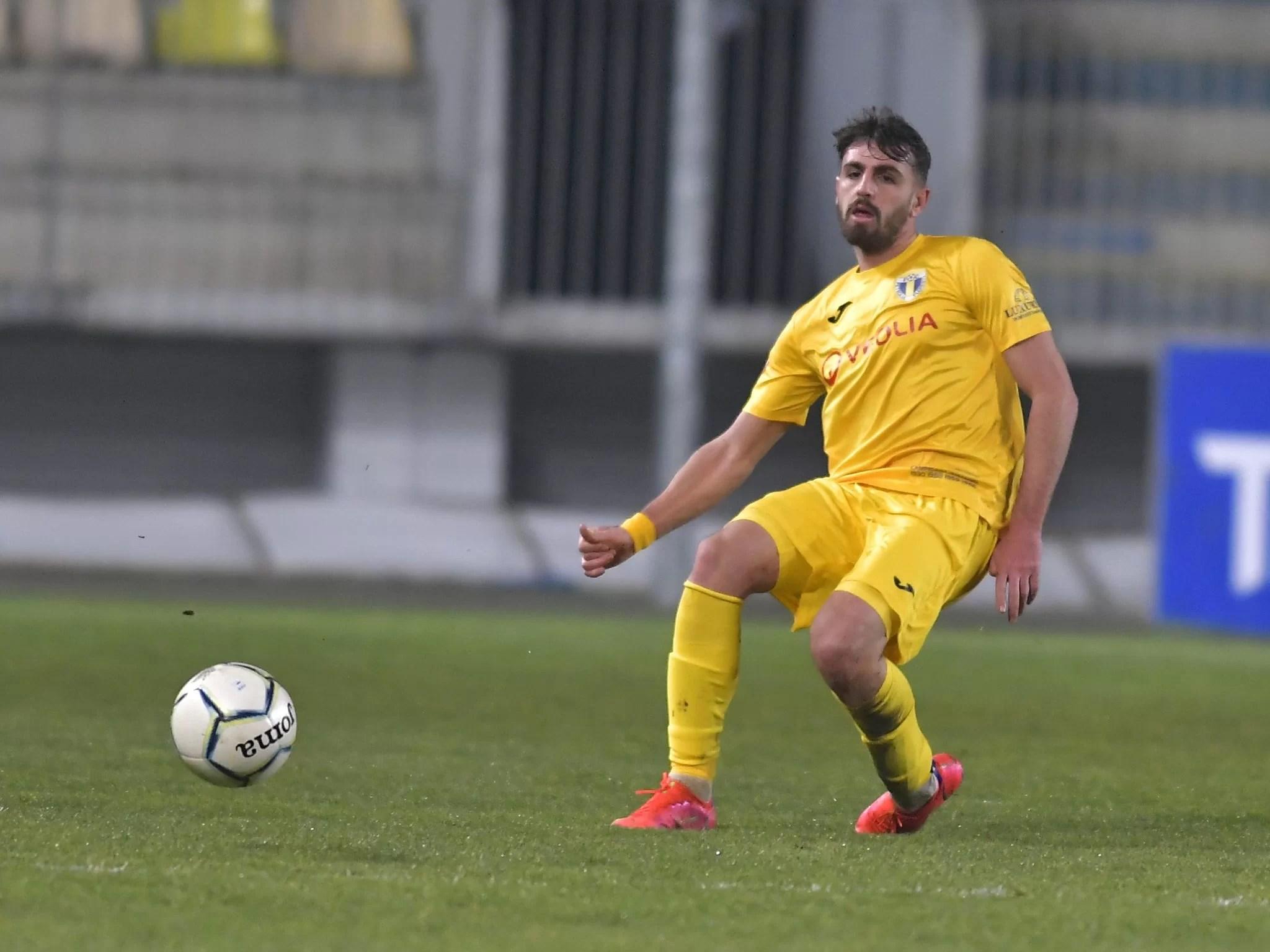 """Povestea reală a venirii și… a plecării lui Nir Lax la/de la Petrolul. Fostul căpitan al lui Hapoel Tel Aviv a fost unul dintre cei mai titrați fotbaliști din lotul """"lupilor"""" și cel mai disciplinat tactic!"""