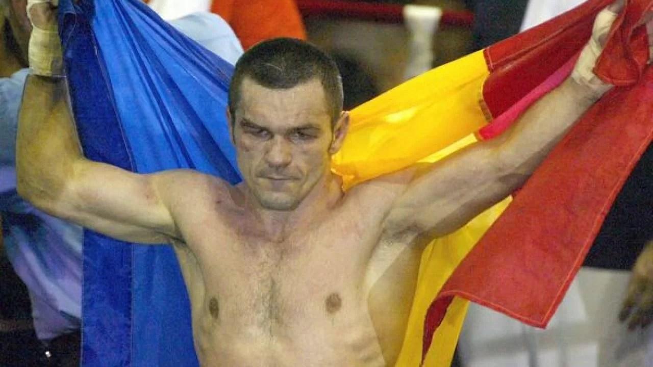 O poveste cu Moșu'… Cu fostul campion mondial amator și profesionist de box Leonard Doroftei, un ploieștean care nu putea să nu țină cu Petrolul!