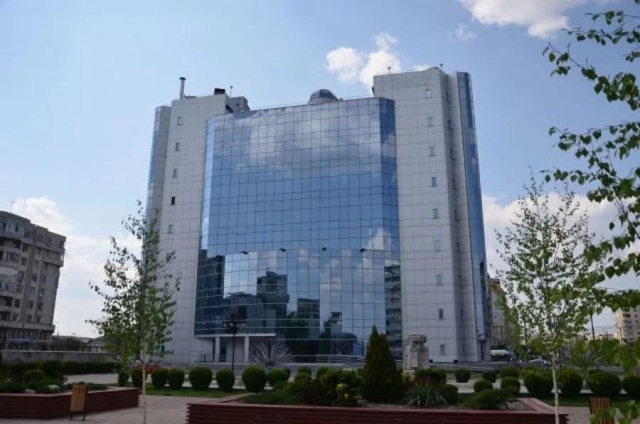 La Primăria Ploiești, program cu publicul restrâns, din cauza Covid, începând cu 4 octombrie 2021