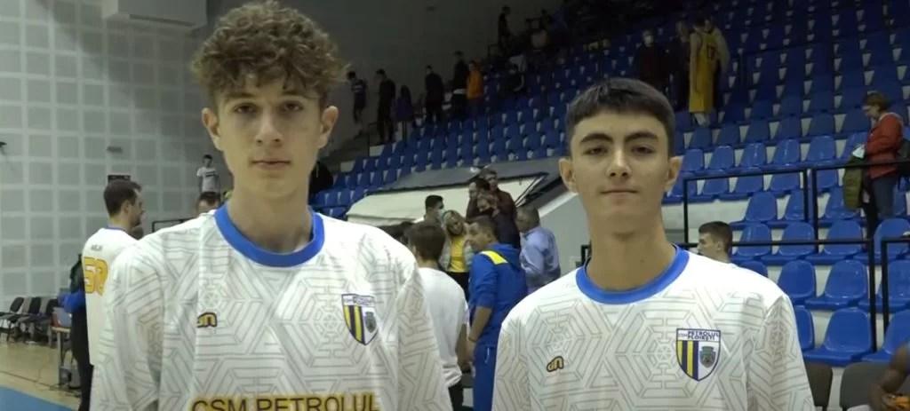 Codruț Dinu și George Angelian, speranțe ale baschetului prahovean! CSM Ploiești a câștigat contra Rapidului având pe teren, câteva minute, și doi puști în vârstă de 14 ani!