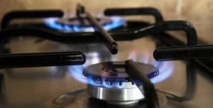 Scade preţul reglementat al gazelor