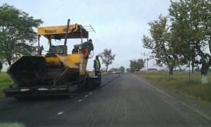 Se asfaltează de zor, în Slatina