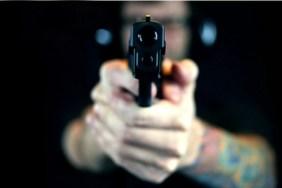 Braconieri opriți cu arma