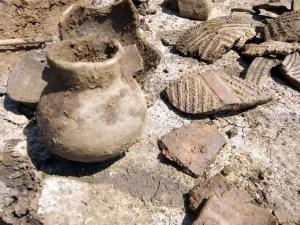 Ceramică pictată de Vădastra, descoperită la Slatina