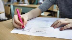10 elevi de 10, la Evaluarea Națională