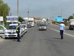 Sute de amenzi aplicate de polițiștii olteni în minivacanța de Rusalii