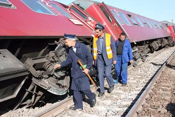 tren deraiat Piatra Olt