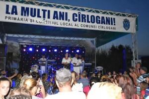 Ziua comunei Cîrlogani, sărbătorită de Sfânta Maria cu muzică şi voie bună
