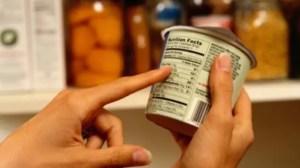 Supermarket amendat pentru produse expirate