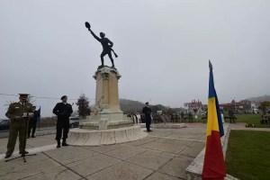 Ziua Armatei Române, sărbătorită și la Olt