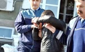 Tineri bănuiți de săvârșirea unor infracțiuniigrave