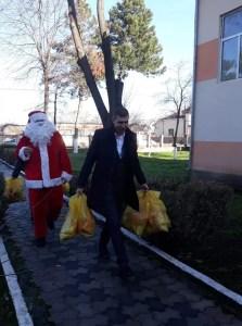 Ionuț Dima, ajutorul lui Moș Crăciun