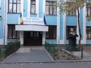 'Nicolae Titulescu', un veac de învățământ