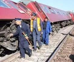 Accident feroviar, 15 vagoane ale unui tren au deraiat