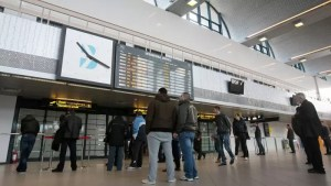 Noi reguli pentru românii care vin din străinătate în stare de alertă