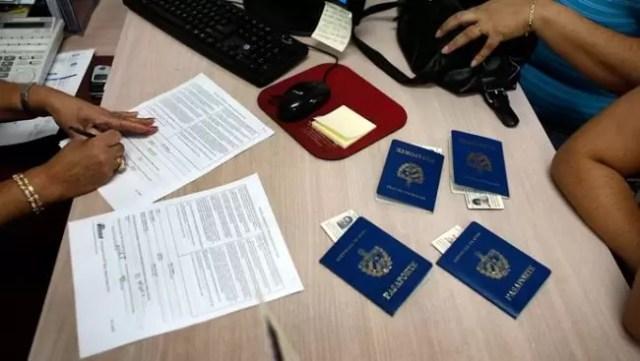pasapoarte Activitatea de la Pașapoarte Caracal și Corabia suspendată
