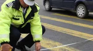 Un șofer băut a accidentat o fetiță și a fugit de la locul accidentului