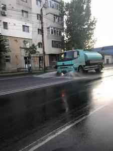 Slatina: spațiile publice, spălate și dezindectate pe toată perioada stării de urgență