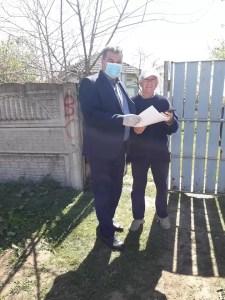 În Redea, primarul își protejează cetățenii