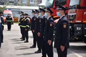 11 viitori pompieri au depus jurământul