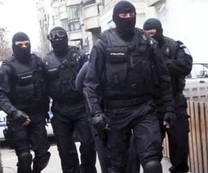 ULTIMĂ ORĂ Mascații  DIICOT au DESCINS la PRIMA femeie SUSPECTATĂ de terorism în România
