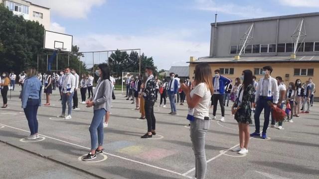 pandrea-2 Într-un liceu din Olt festivitatea de absolvire a învins pandemia