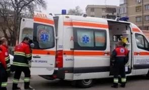 ULTIMĂ ORĂ Ambulanțierii IES în STRADĂ din cauză că nu primesc stimulente în plină stare de alertă