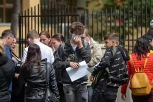Vor fi sau nu obligați elevii să poarte masca în timpul orelor?