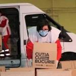 O nouă campanie a voluntarilor de la Crucea Roșie- 50 de cutii pentru familii nevoiașe din Olt