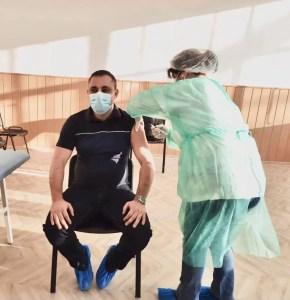 Senatorul Liviu Voiculescu a fost vaccinat anti COVID-19