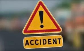 Cinci persoane rănite, una în stare gravă, într-un accident pe E70