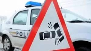 Un minor a ajuns la UPU Slatina, după ce a fost lovit de o mașină, pe raza comunei Ipoteşti